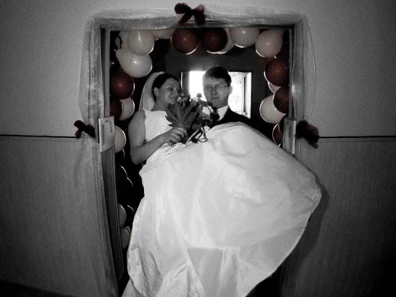 nietypowy prezent na ślub, lot awionetką, prezent marzeń, wesele
