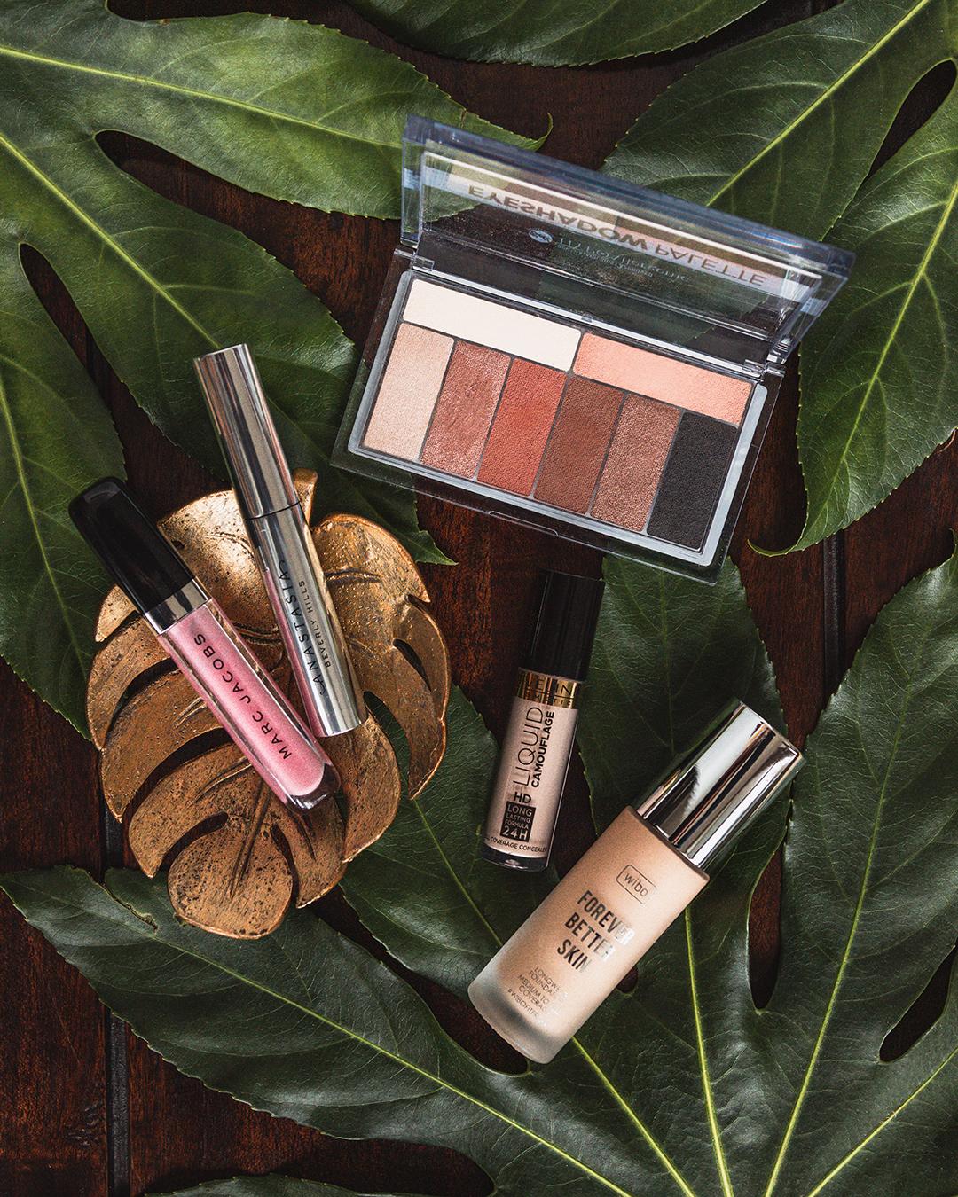 Ulubione kosmetyki do makijażu Wibo, Eveline, Bell Hypoallegenic, Anastasia Beverly Hills, Marc Jacobs