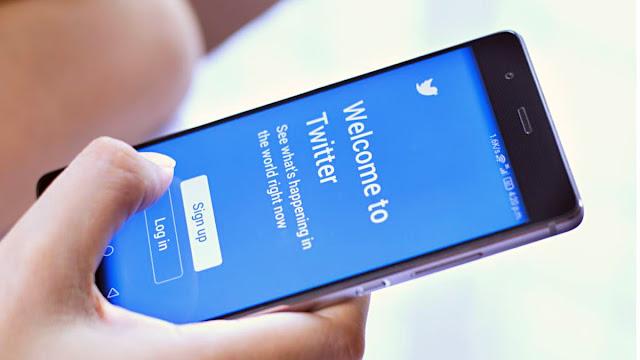 """Twitter'a giriş yapmamış birçok kullanıcıya, uzun süre işlem yapılmadığı için hesaplarının kalıcı olarak kaldırılabileceğini bildirmek için e-posta yoluyla ulaşmaya başladık"""" şeklinde konuştu."""