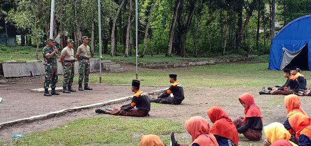 Tingkatkan Kedisiplinan, Koramil Sambirejo Latih PBB