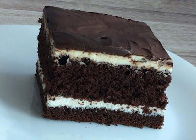 Biszkopt czekoladowy z serem