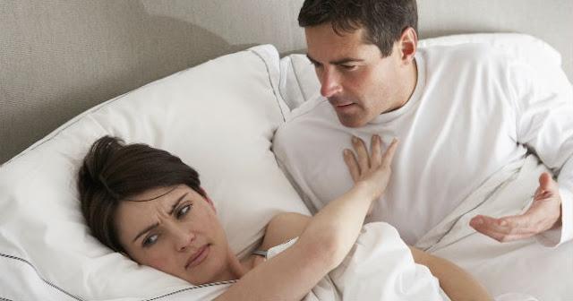 Mujer rechaza a su marido emocionalmente