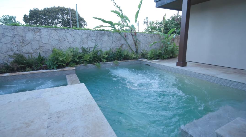 25 Interior Design Photos vs. 241 Kulamanu Pl, Honolulu, HI Luxury Home Tour