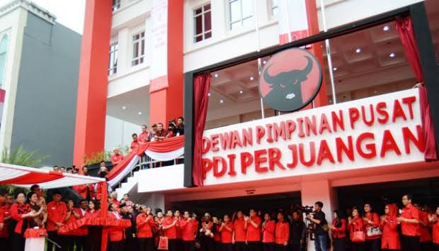 Balasan Nampol Untuk PDIP yang Samakan Khilafah dengan Komunisme