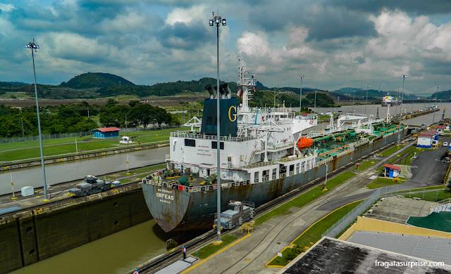 Eclusa de Miraflores, Canal do Panamá