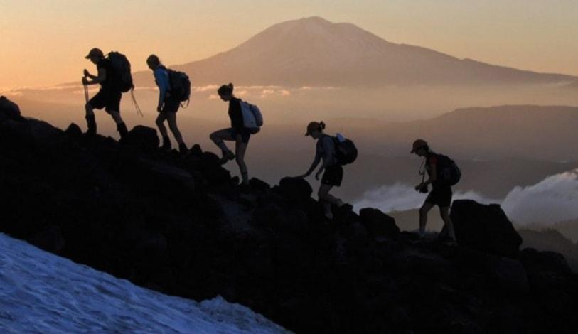 Cara Kuat Mendaki Gunung Agar Tidak Mudah Lelah