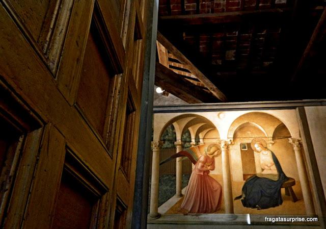 A Anunciação, afresco de Fra Angelico, Museu de San Marco, Florença