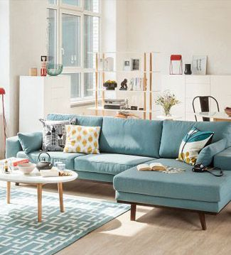 salón-verano-sofá azul