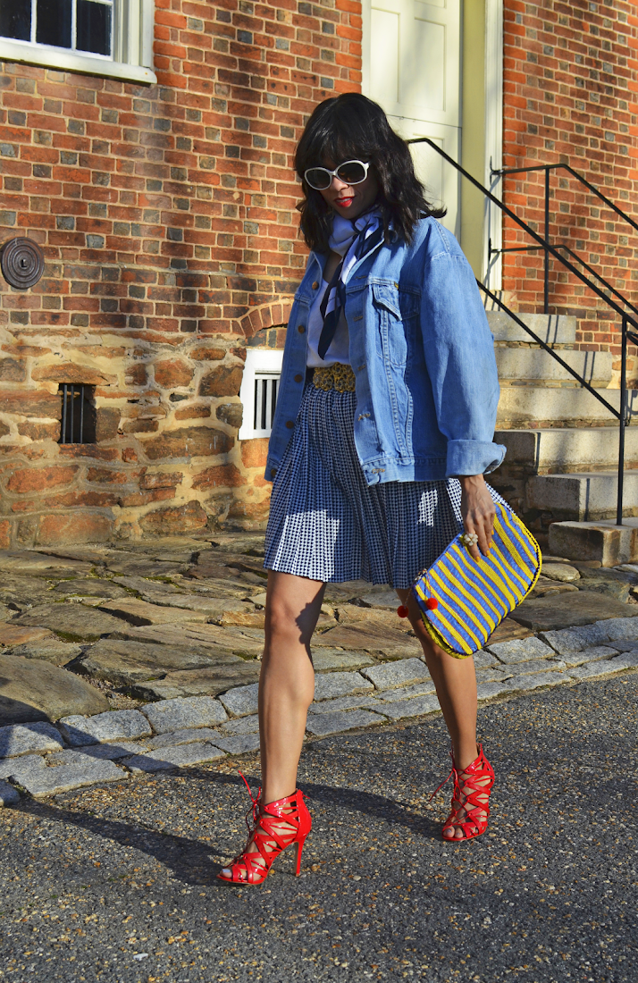 OVERSIZED DENIM JACKET TREND