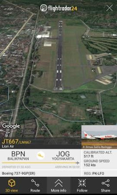 Melihat tampilan 3D dari penerbangan yang sedang berlangsung