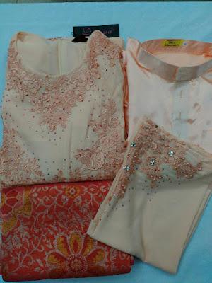Set Baju Pengantin Warna Soft Peach + Sampin Tenun