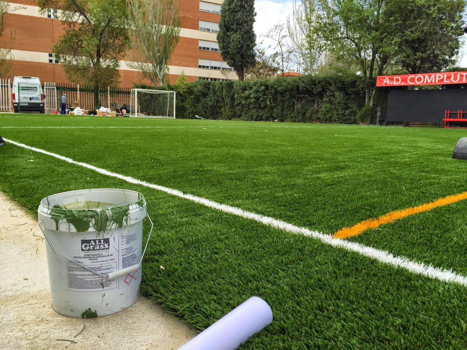 hierba artificial futbol