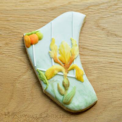 Garden Cookiesaw Cookie Jigsaw Puzzle Iris