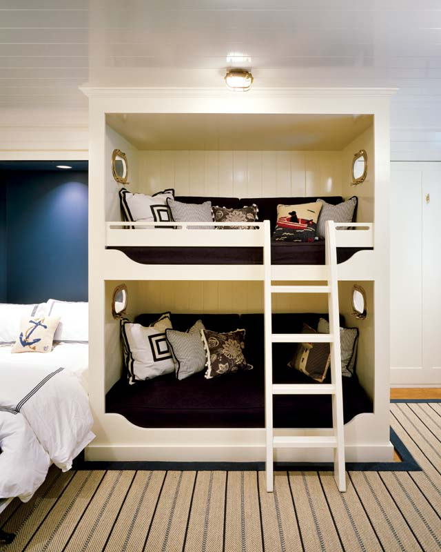 It S Model Home Monday And We Re Loving This Look At: Monday Musings: Built-In Bunks