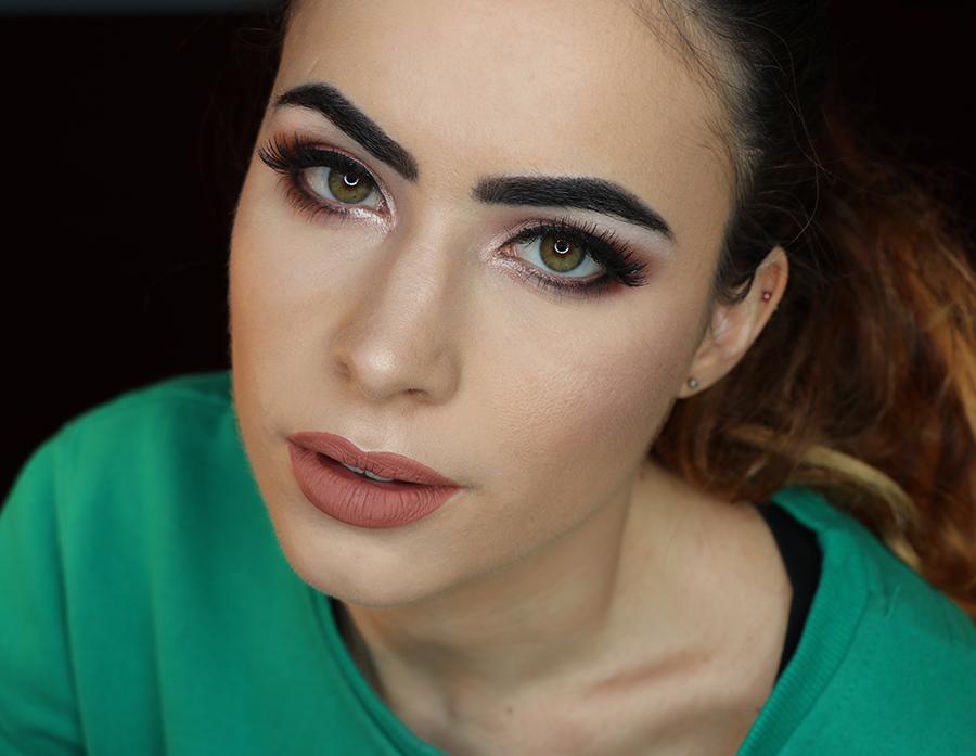 Mind Trick Snowberry Makeup Tutorial