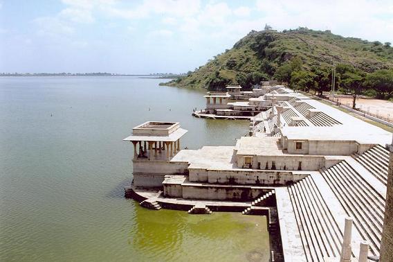 Satrangi Duniya Udaipur The City Of Lakes