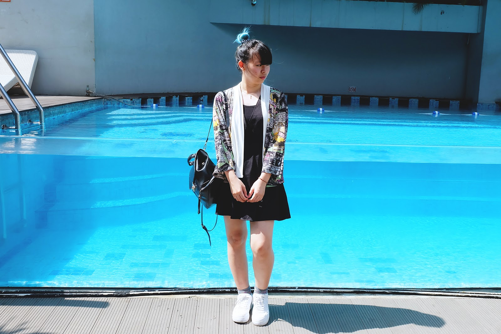 HOW TO WEAR HARAJUKU KIMONO black dress 2 | www.bigdreamerblog.com