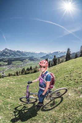 aussicht aufs kitzbüheler horn bike mountainbike bikegirls