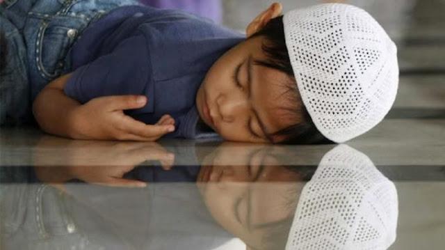 Amalan Sebelum Tidur yang Bisa Membuat Utang Terlunasi