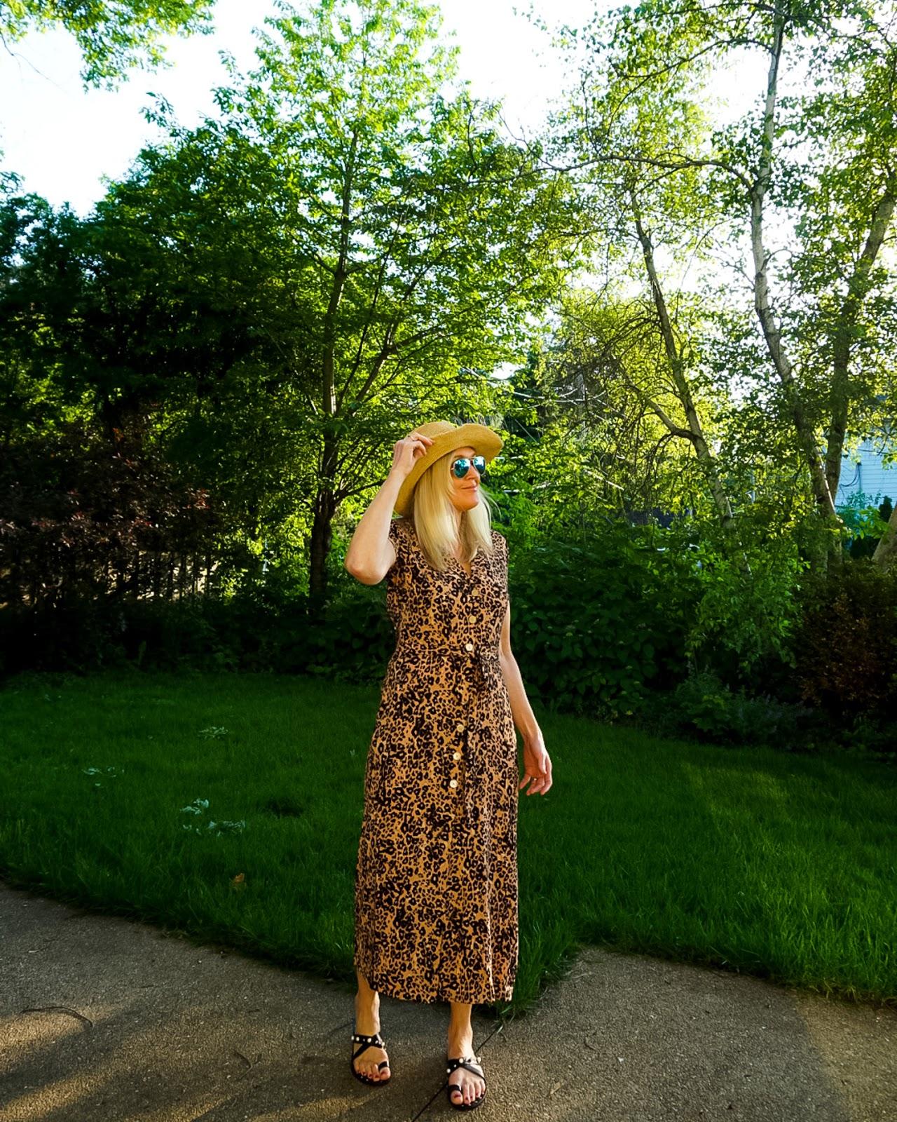 How to wear a leopard print dress