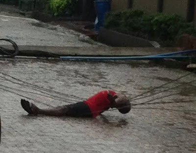 Electrocution in River valley Estate, Ojodu Berger at around 6:30am today!