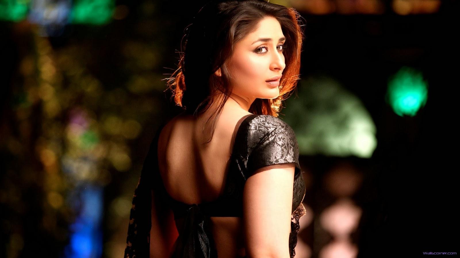 Kareena Kapoor Hot Sexy Bikini Bra Panty Cleavages -7350