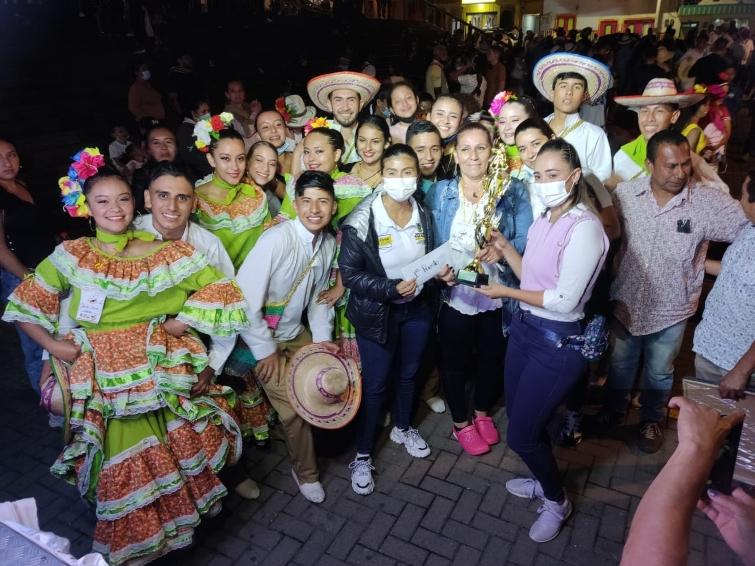 Ganadores del XXXIV Concurso Departamental de Danzas Folclóricas