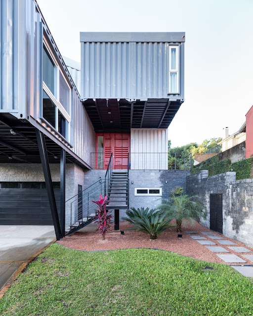 Casa Conteiner RD - 350 sqm Two Story Shipping Container Home, Brazil 6