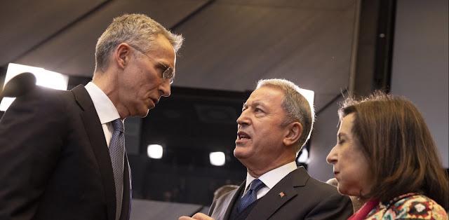Συνάντηση Ακάρ με επιτροπή του ΝΑΤΟ