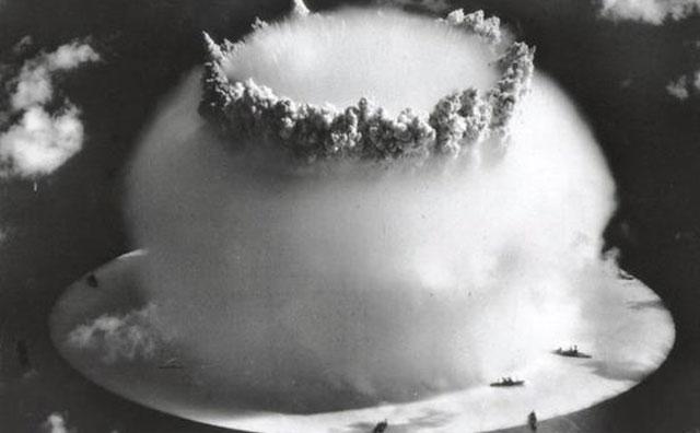 Bom Atom bikini Atol 1946