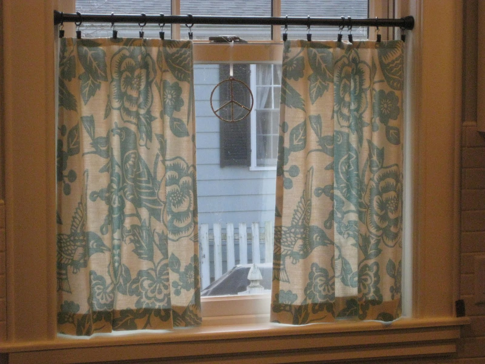 Cafe Curtains For Kitchen Cabinet Door Handles How To Sew With Rings Curtain Menzilperde Net