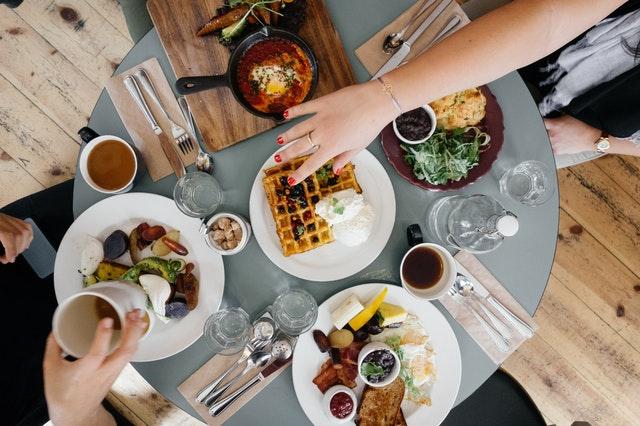 Daftar Makanan Penurun Kolesterol dan Asam Urat