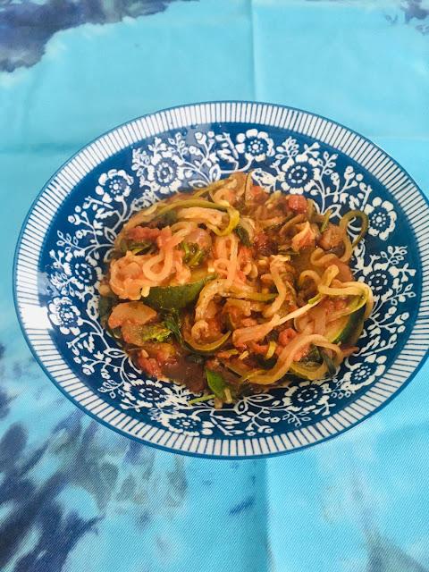 zucchini spirals with sauce