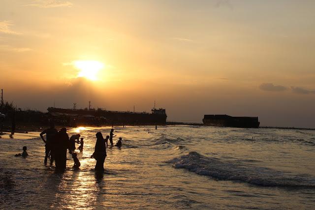 http://mandiriransel.blogspot.co.id/2016/09/pantai-alam-indah-pantai-paling-indah.html