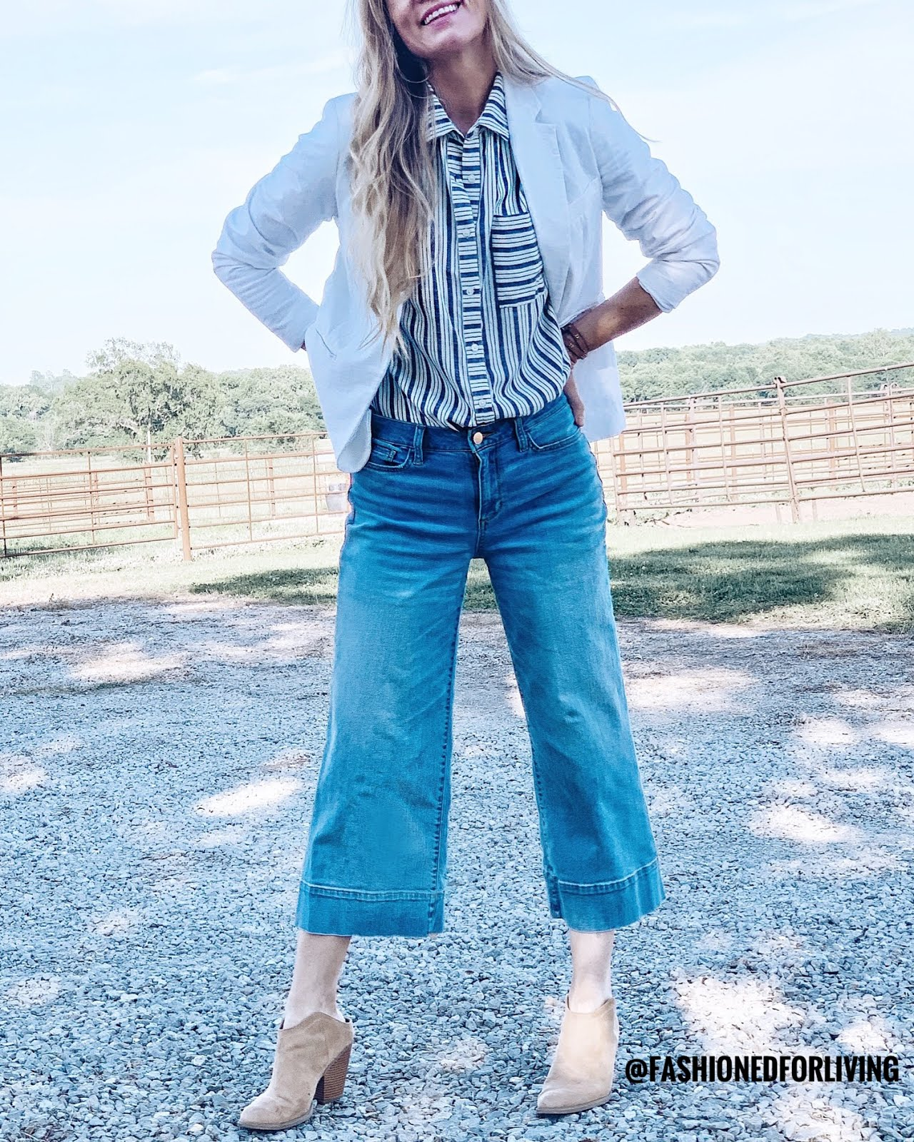 wide leg crop jeans outfit ideas