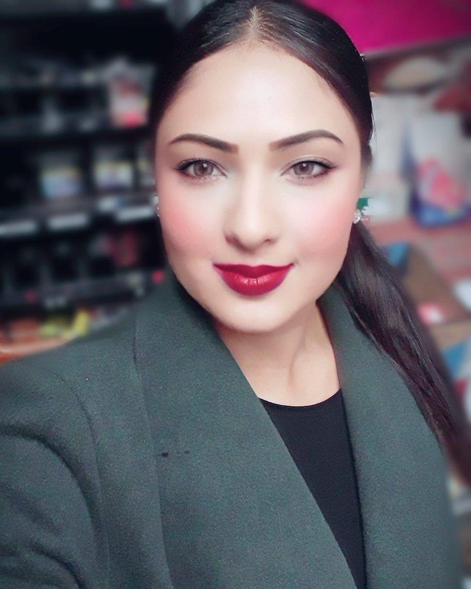 Actress NikeshaPatel Latest HD Images