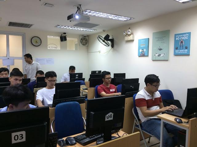 Lớp học HTML, JS tháng 7/2019