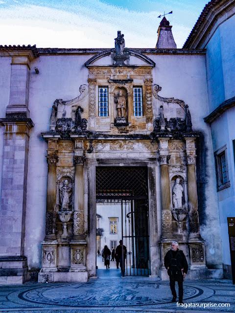 Porta Férrea, entrada cerimonial da Universidade de Coimbra