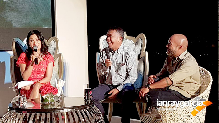 (L-R) AirAsia RedTalks Host, Daphne Osena-Paez, Rex Puentespina of Malagos Chocolate   and Chef JP Anglo