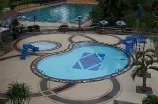 Kolam Renang Hotel Bumi Wiyata