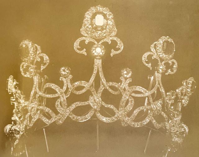 emerald tiara queen elena italy savoy musy montenegro