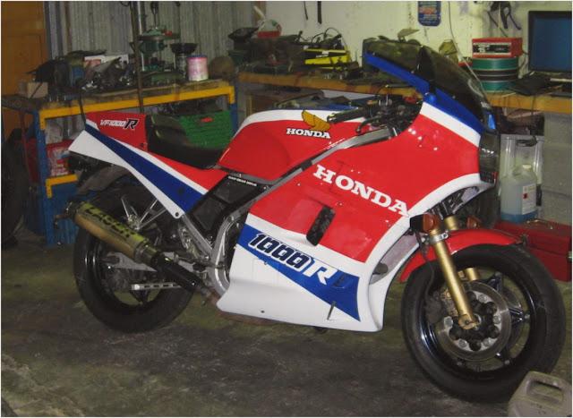 Honda VF1000R Stunt Pics
