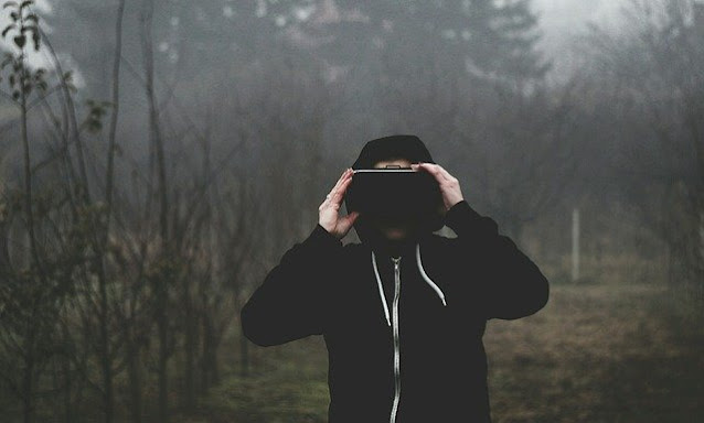 What is Virtual Reality ? History of Virtual Reality.