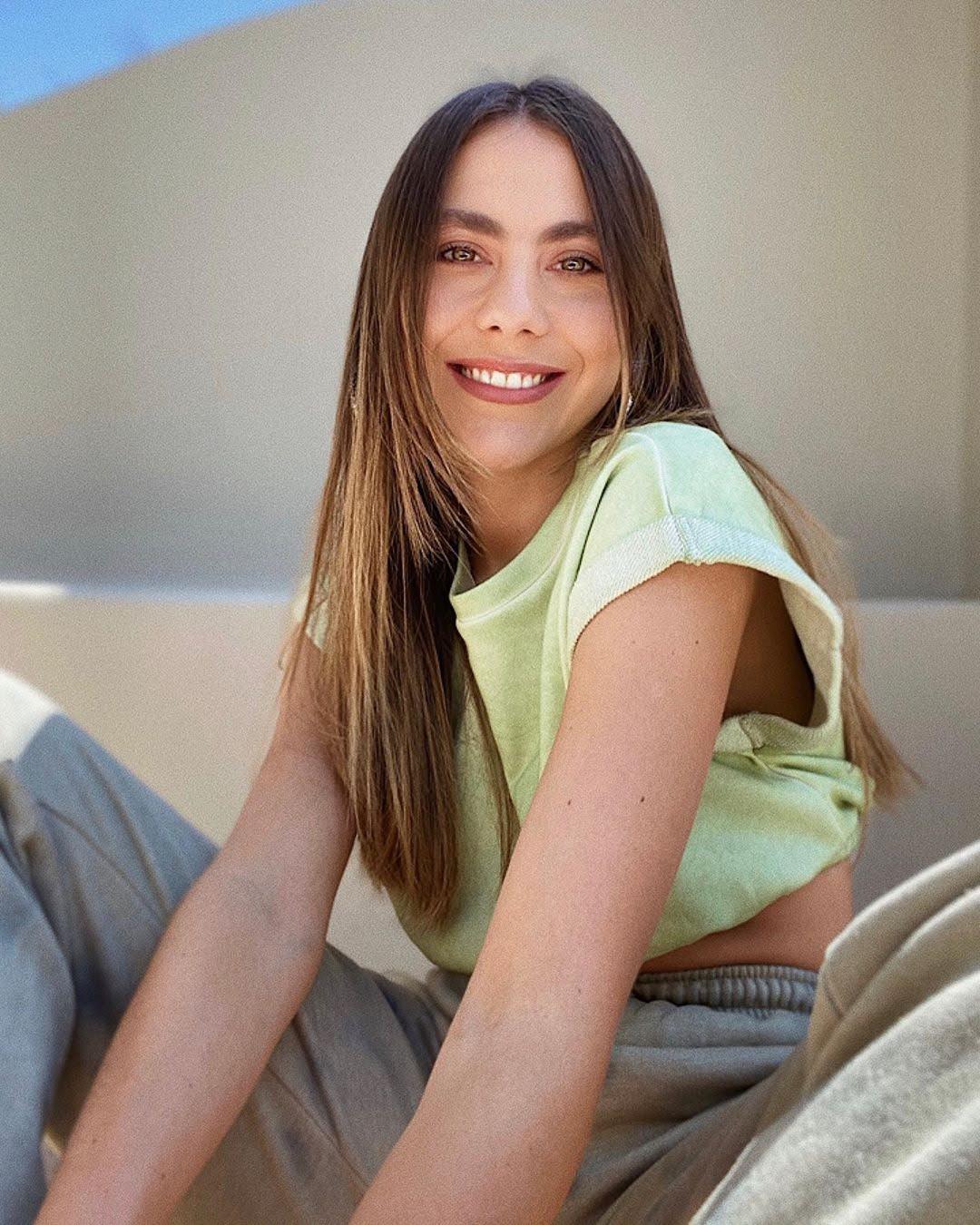 Claudia Vergara 11