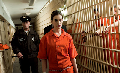 anne hathway as selina kyle in gotham jail, The Dark Knight Rises, Directed by Christopher Nolan