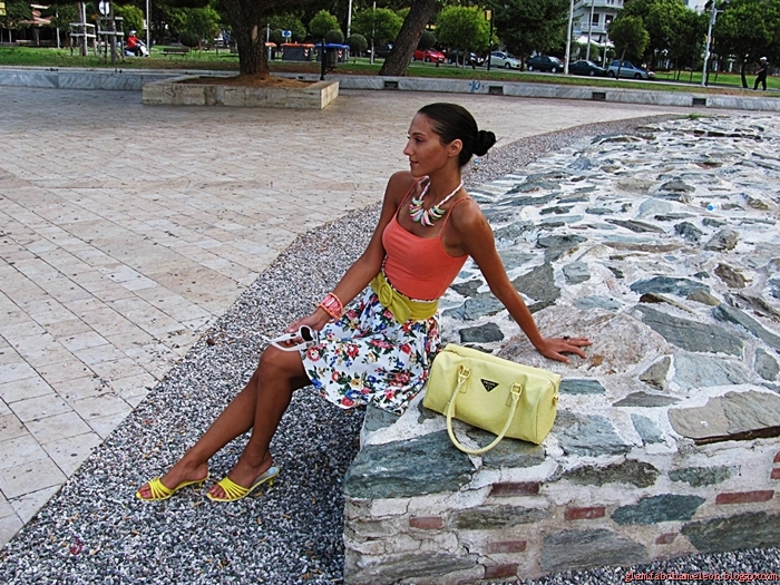 Beautiful summer outfits with summer jewelry