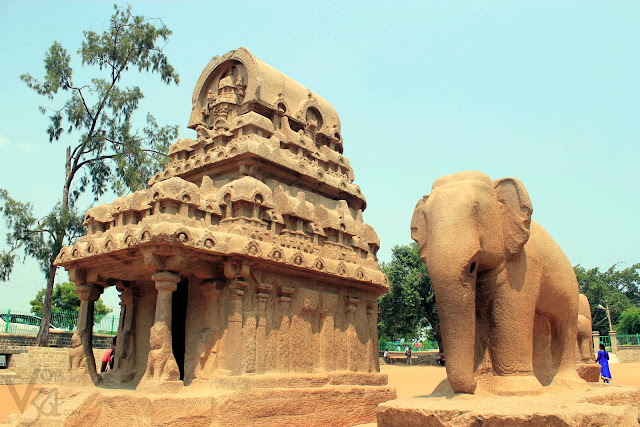 Nakula Sahadeva Ratha and the sculpture of elephant