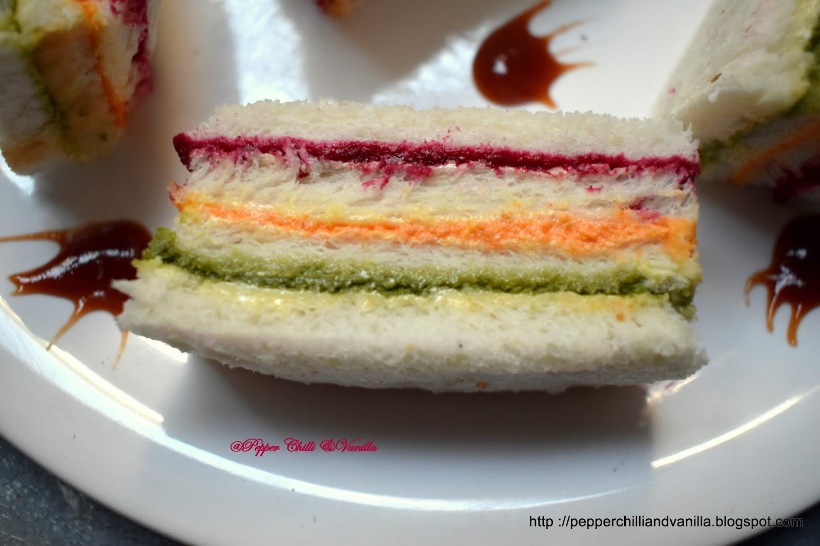 finger sandiwch,ribbon layer sandwich ,ribbon sandwich