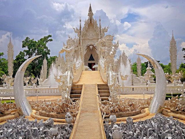 Wat Rong Khun Chiang Rai (Weißer Tempel)