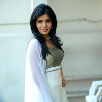 Angelic samantha in white salwar